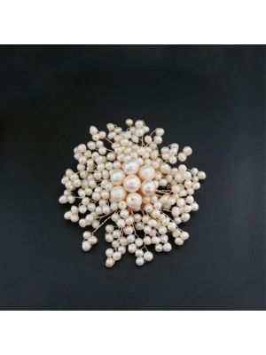 Pink color pearl brooch