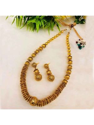 Jaipuri and Indian high-quality pearl necklace