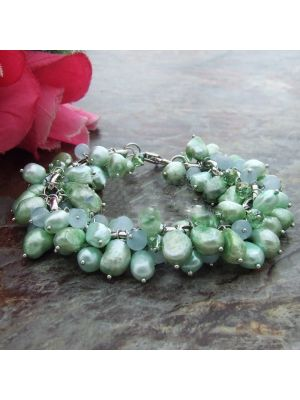 Green color Pearl Stone Crystal Bracelet