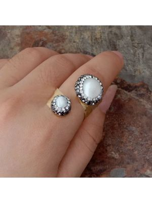 White Pearl & Golden Plated Ring