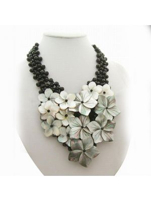 Round black crystal flower Necklace